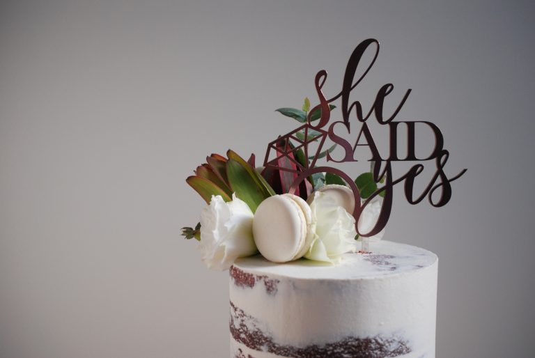 modern bridal shower cake
