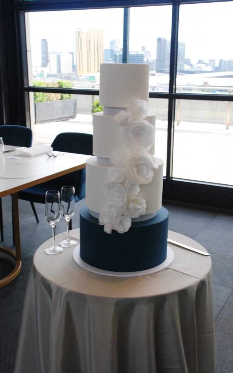 fondant-wedding-cake